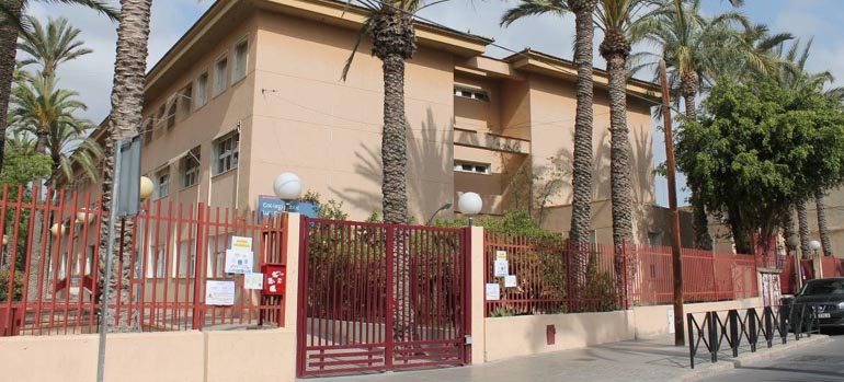 El Pla Edificant dedica 200.000 € a noves dotacions per a l'IES Montserrat Roig